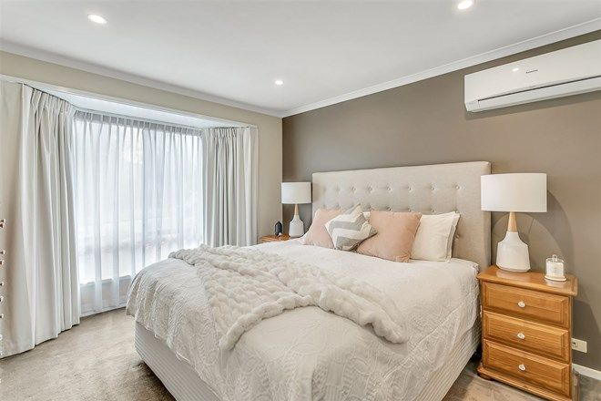 Picture of 19 Sunset Circuit, WALKLEY HEIGHTS SA 5098