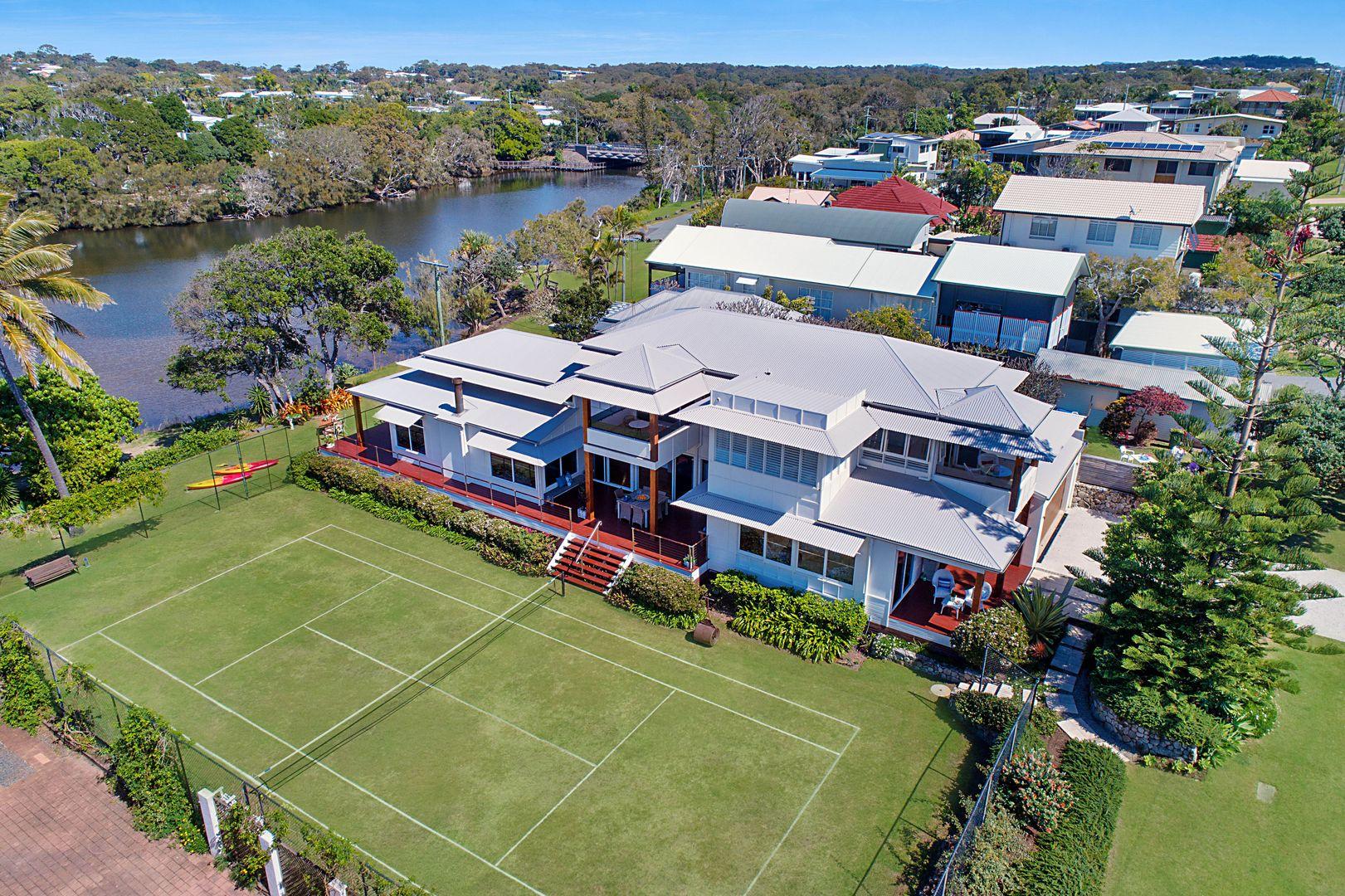 6 Cooroora Street, Dicky Beach QLD 4551, Image 1