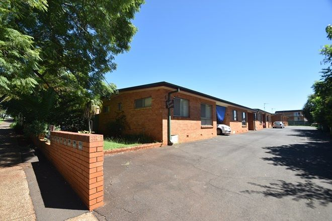 Picture of 2/35 Hill Street, TOOWOOMBA CITY QLD 4350
