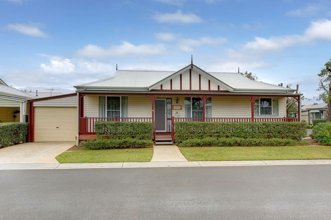Picture of 17/2A Railway Avenue, WERRIBEE VIC 3030