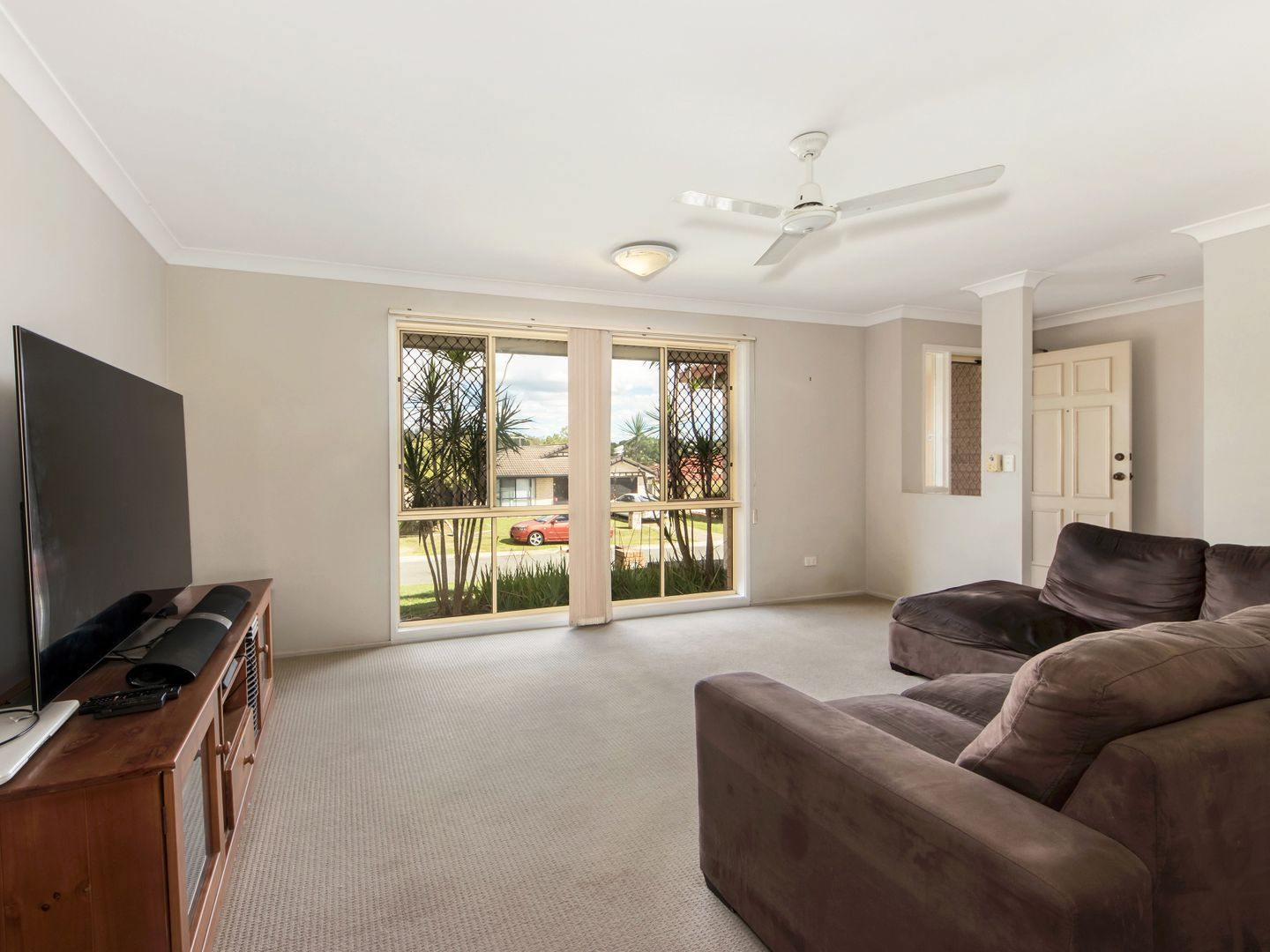16 Peppercorn Place, Flinders View QLD 4305, Image 1