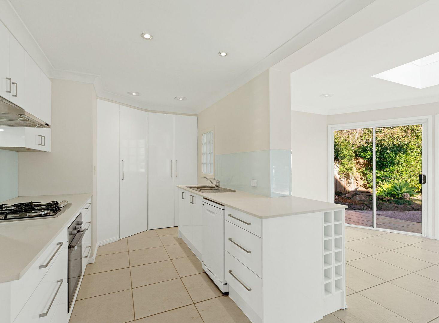 27 Knightsbridge Avenue, Belrose NSW 2085, Image 2