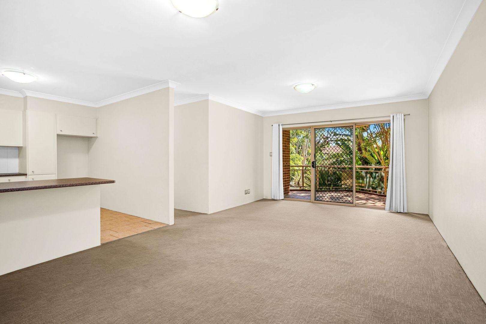 14/2 Vista St, Caringbah NSW 2229, Image 2