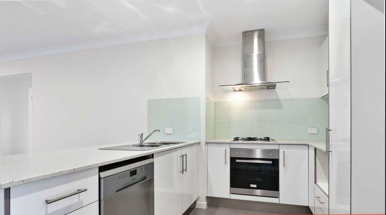 11 Mayfair Crescent, Kallangur QLD 4503, Image 0