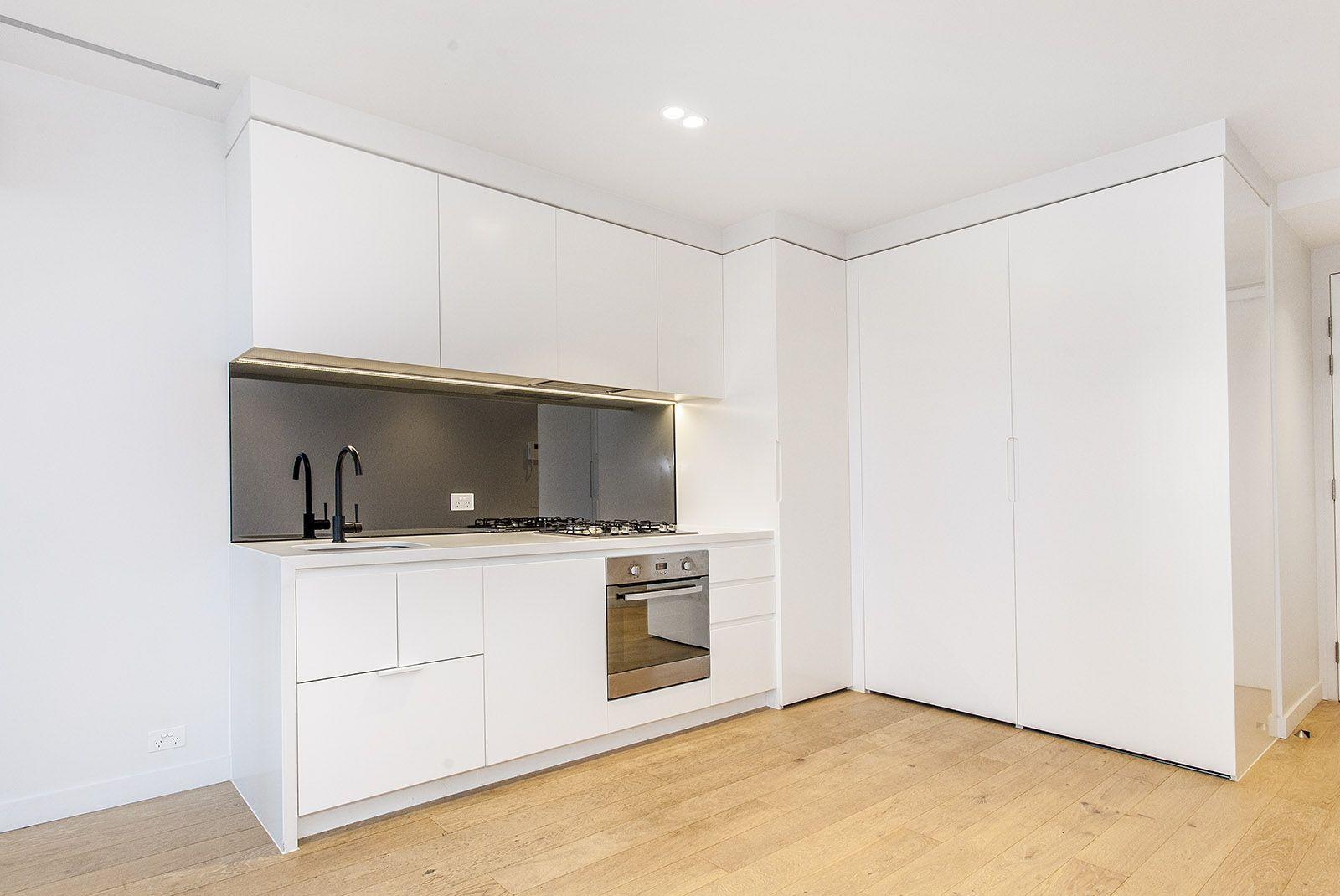 3404/442 Elizabeth Street, Melbourne VIC 3000, Image 2