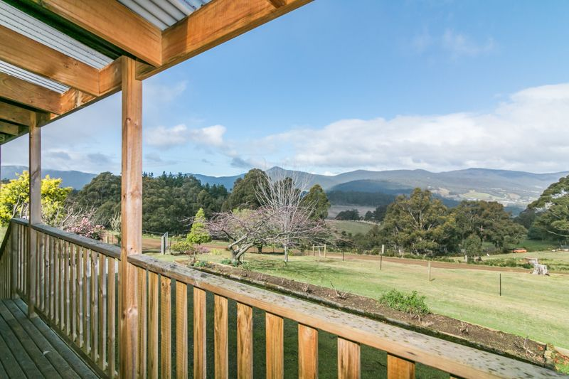 17 Crouches Hill Road, Lucaston TAS 7109, Image 0