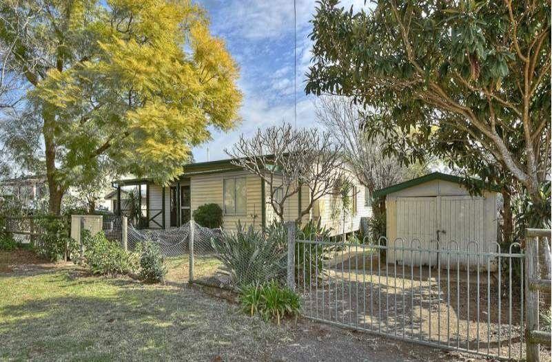 61 Weir Road, Warragamba NSW 2752, Image 1