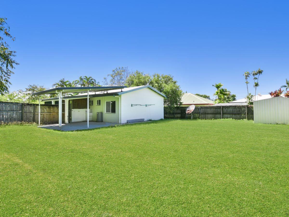 3 Thornton Court, White Rock QLD 4868, Image 2