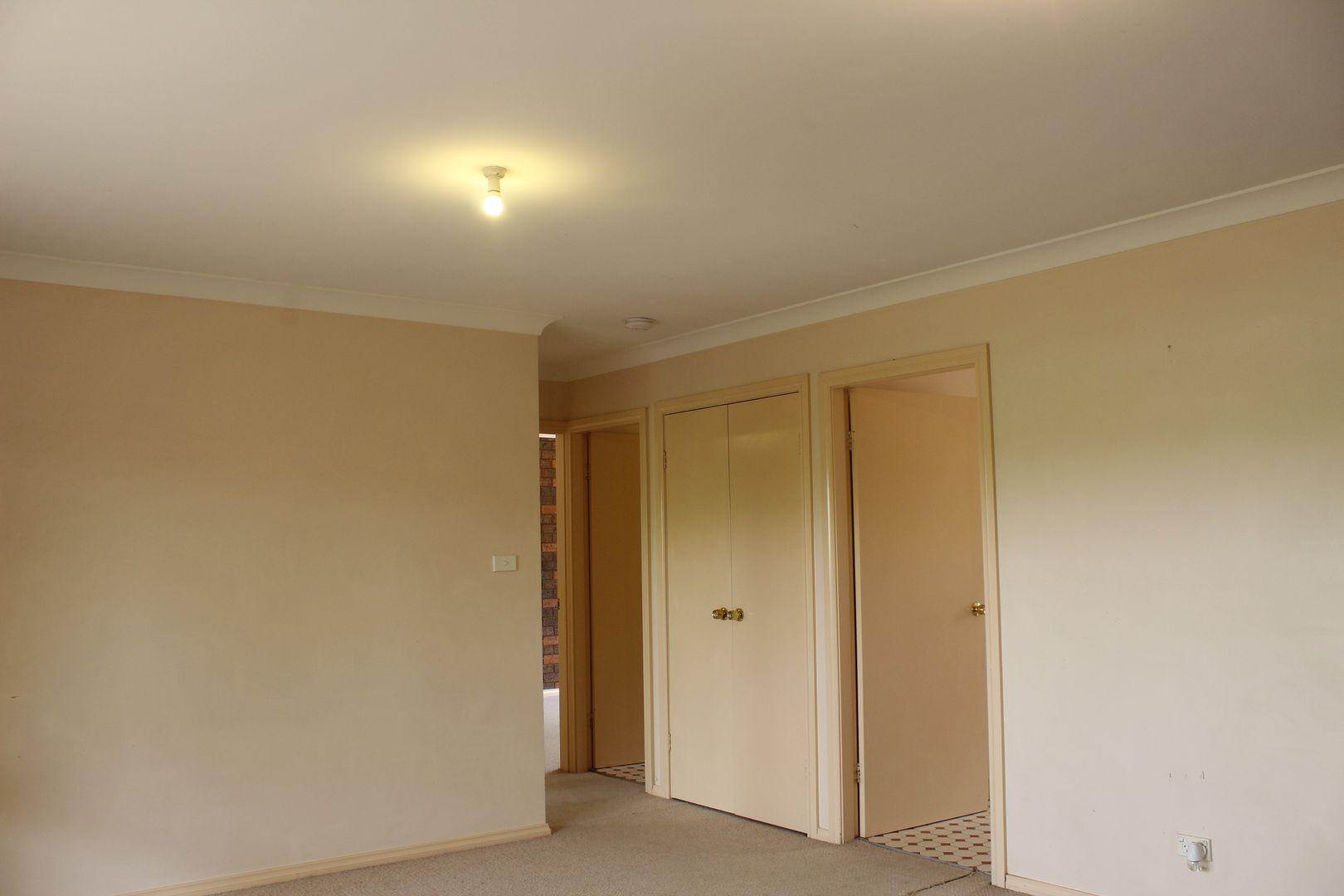 2/22 Howard Street, Parkes NSW 2870, Image 2