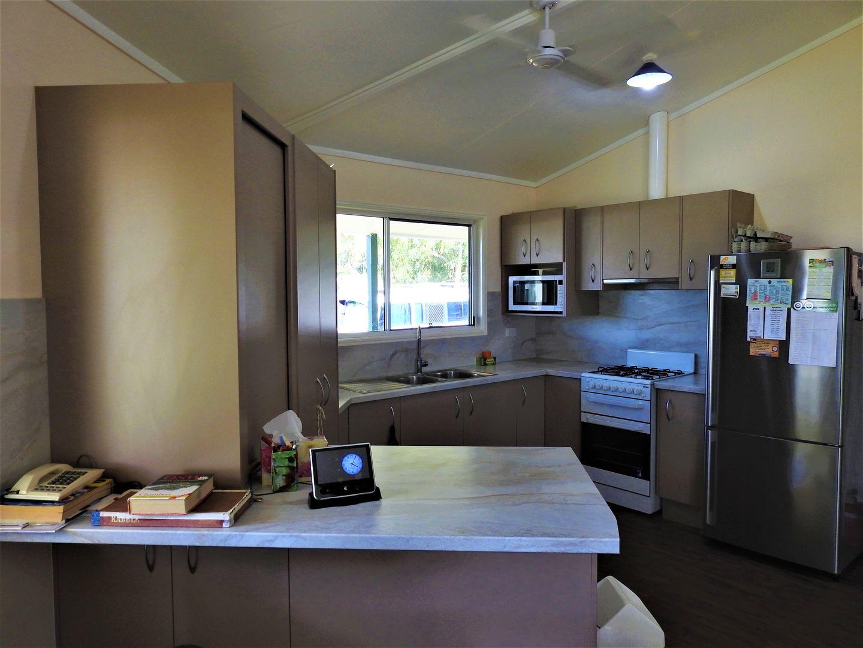 40 Wilga Street, Barcaldine QLD 4725, Image 2