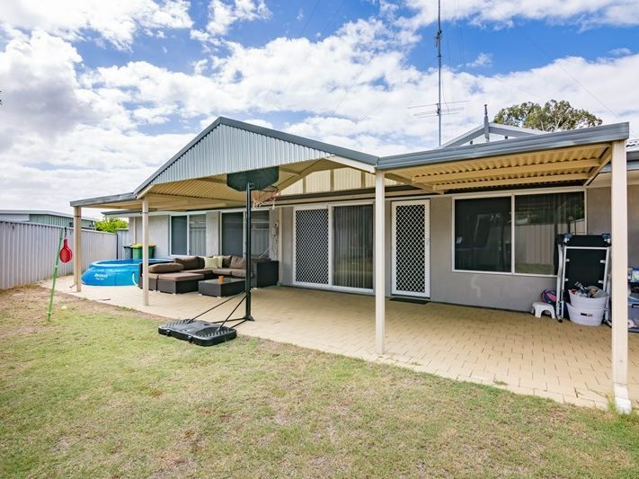 1/4 Shirreff Close, Australind WA 6233, Image 0