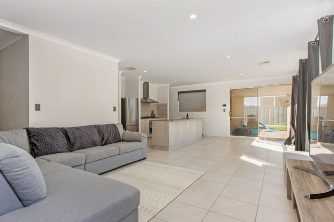Picture of 8 Russet Way, BALDIVIS WA 6171