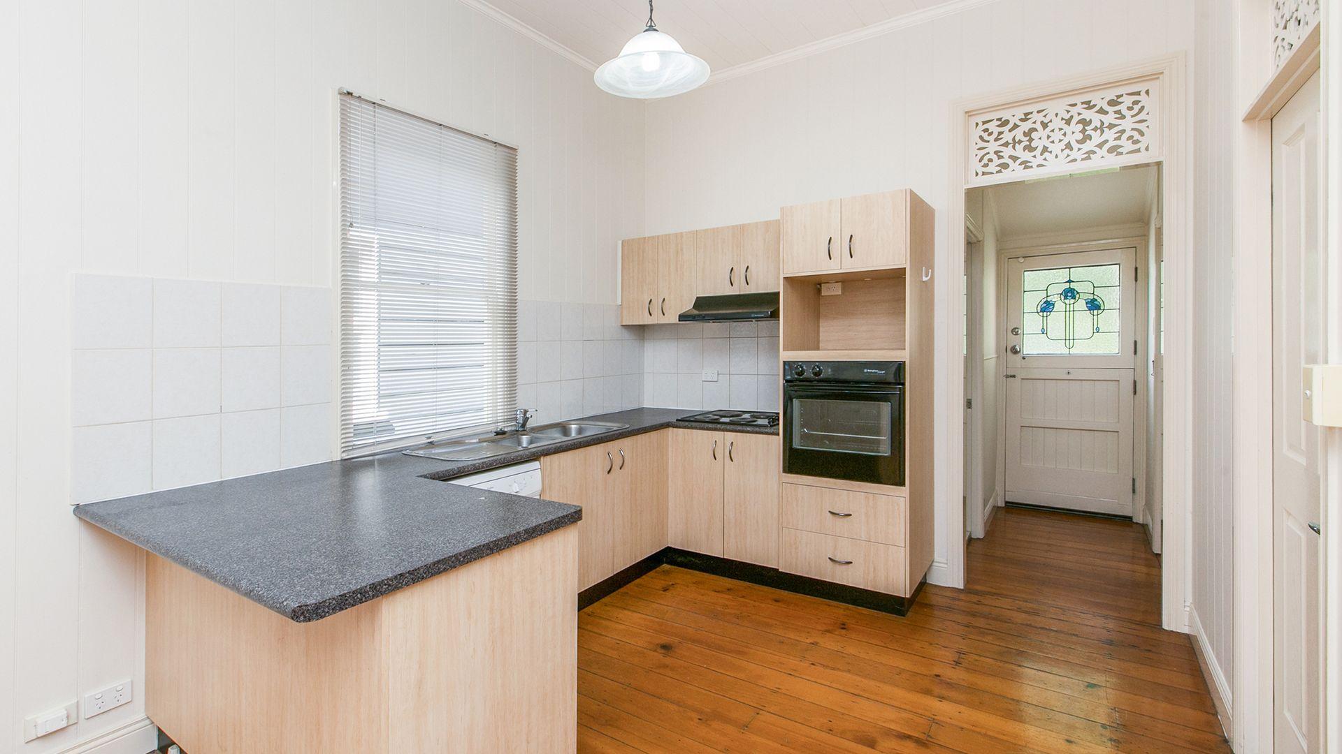 56 Charlotte Street, Paddington QLD 4064, Image 2