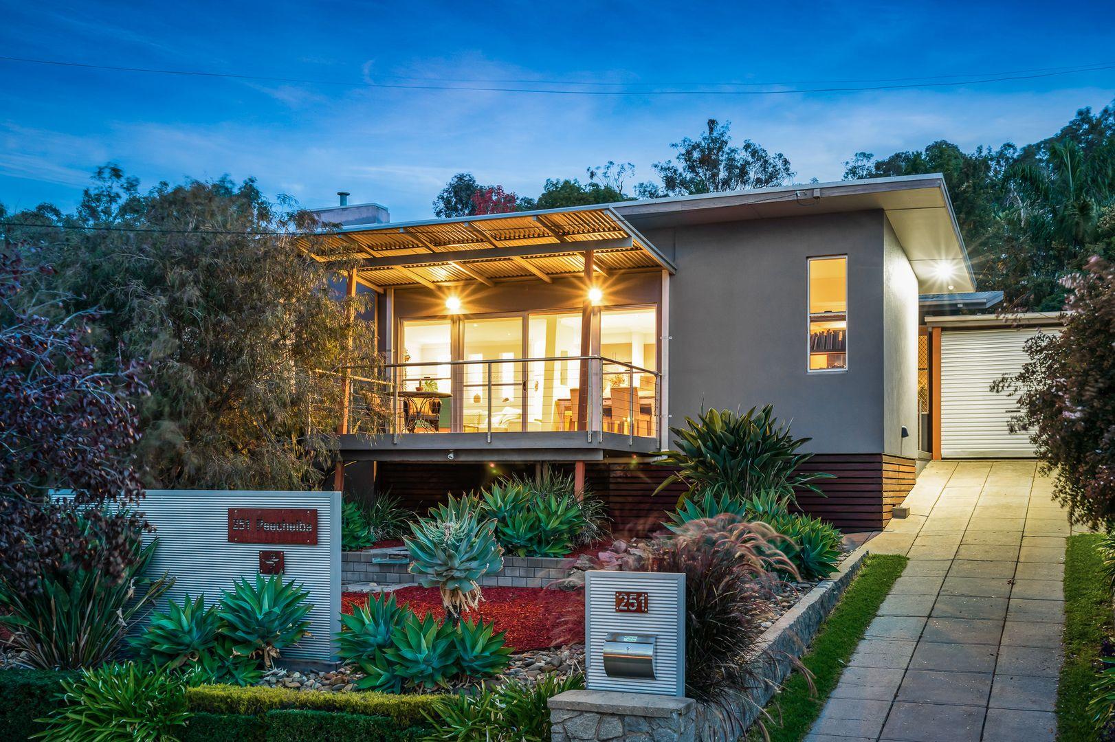 251 Peechelba Street, East Albury NSW 2640, Image 0