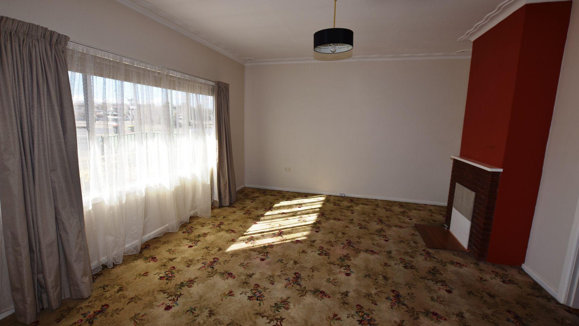 184 Phillip Street, Orange NSW 2800, Image 2