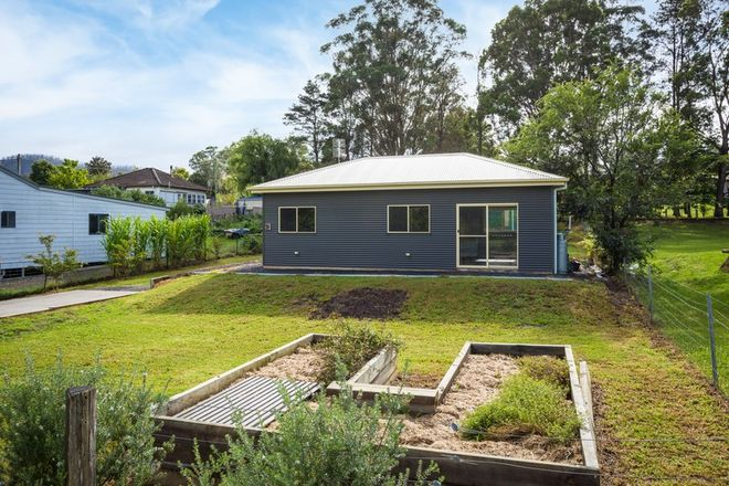 Picture of 11 Tarlinton Street, COBARGO NSW 2550
