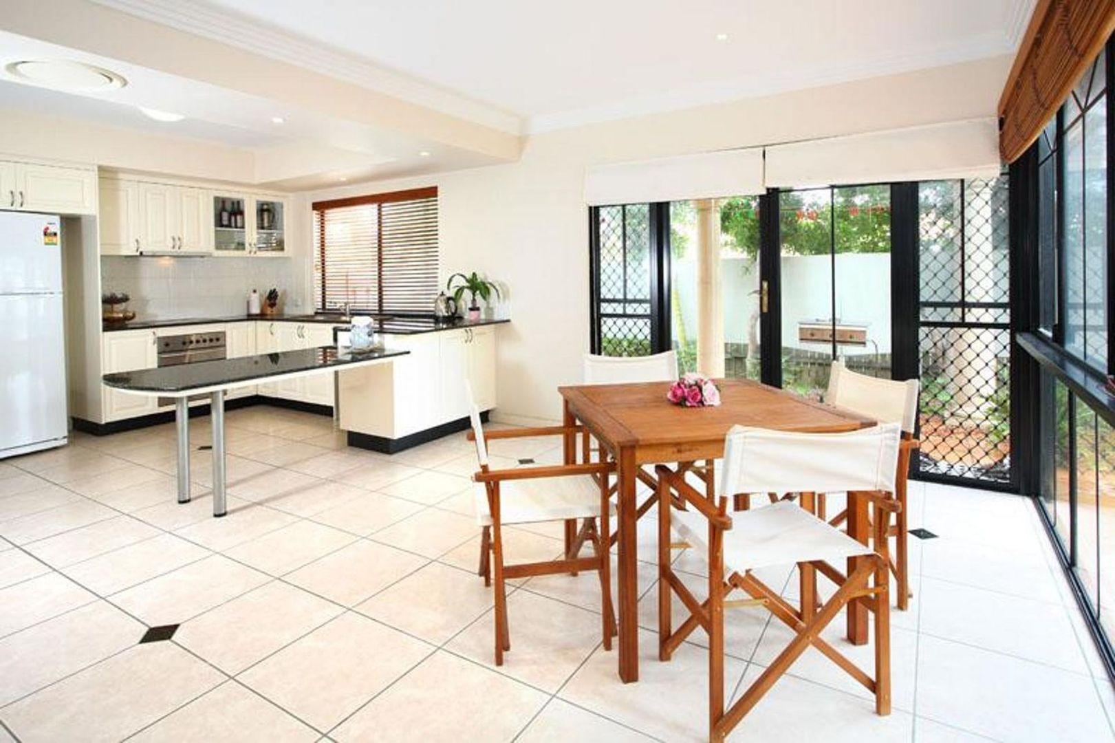 18/24 Radan St, Sunnybank Hills QLD 4109, Image 2