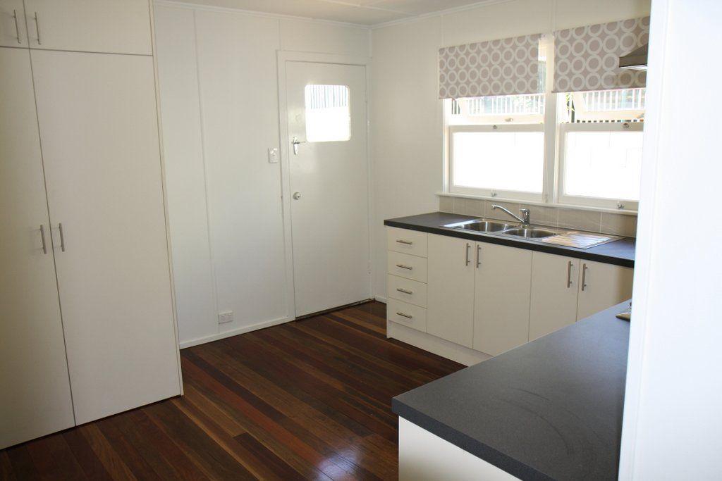 5/93 Raff Avenue, Holland Park QLD 4121, Image 2