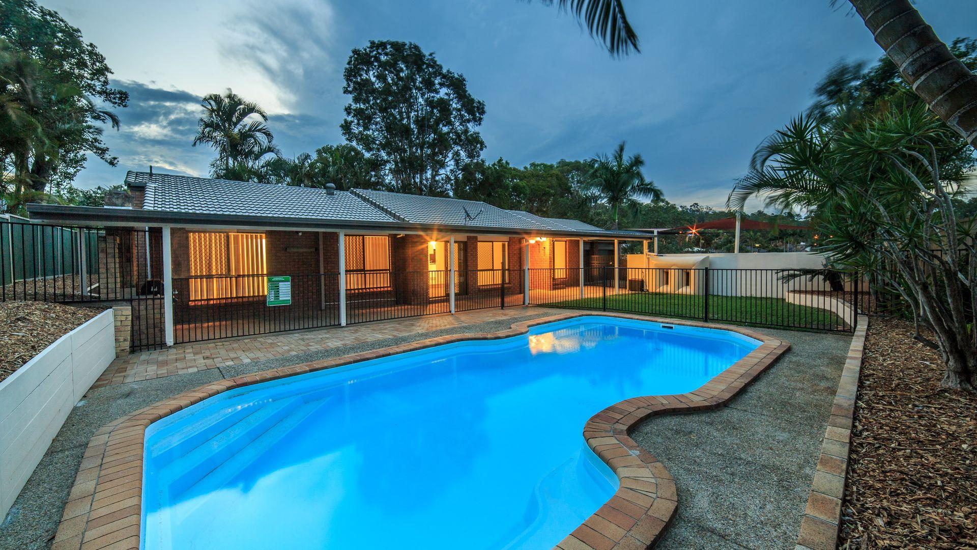 18 Tibouchina Court, Helensvale QLD 4212, Image 2