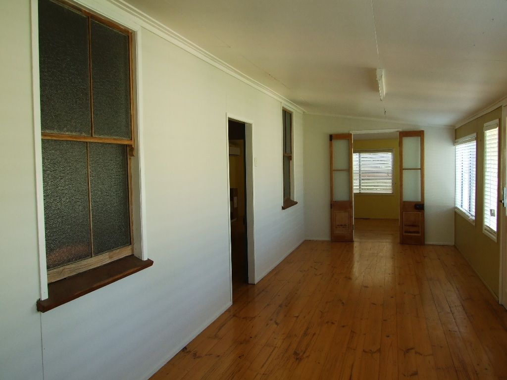 37 Crane Street, Longreach QLD 4730, Image 1