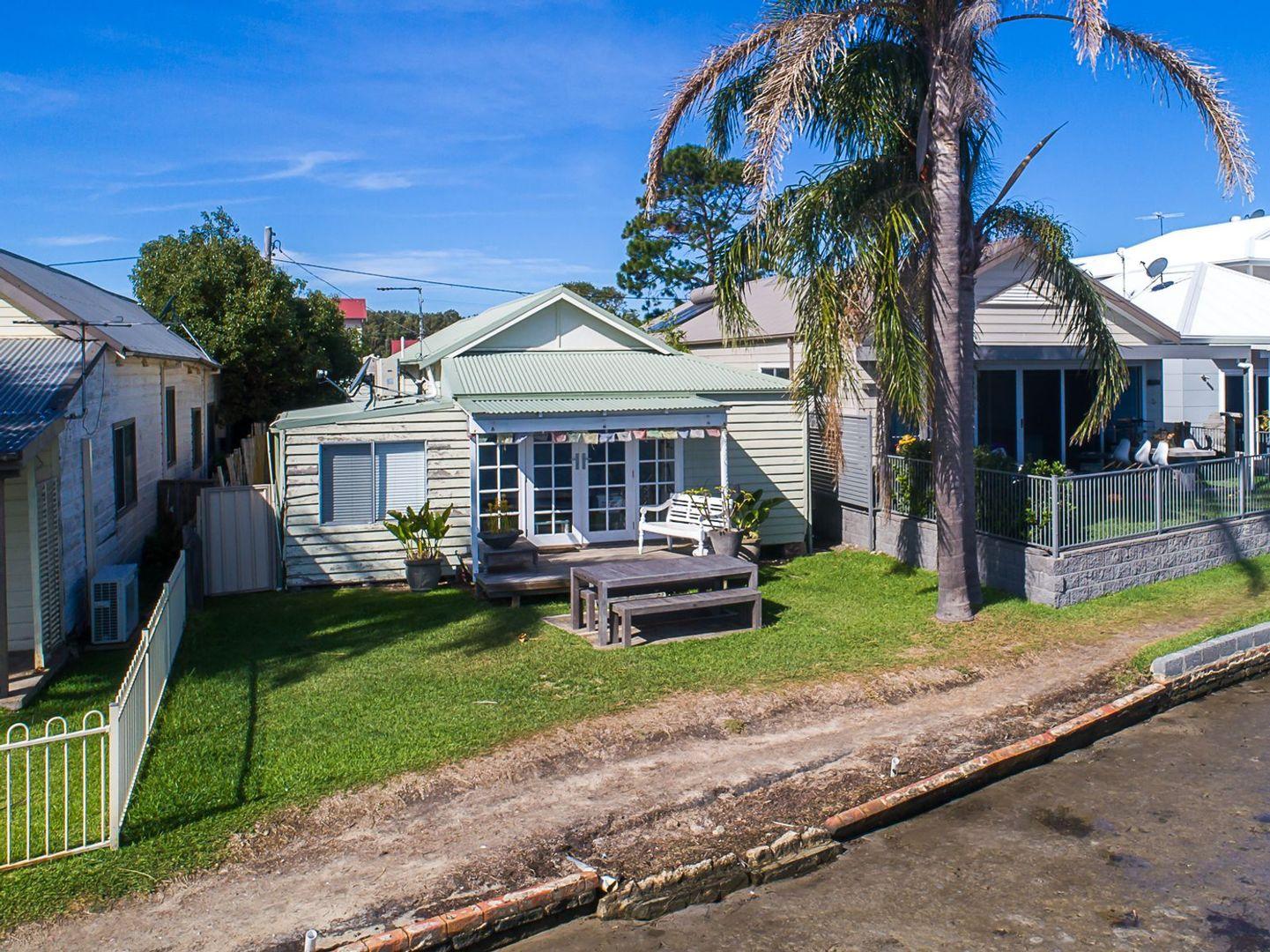 5 New Street, Belmont South NSW 2280, Image 1