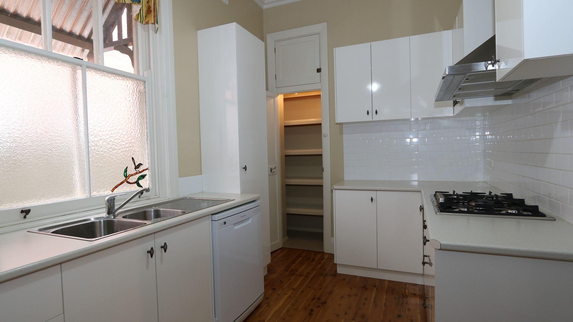 170 Edward Street, Wagga Wagga NSW 2650, Image 2