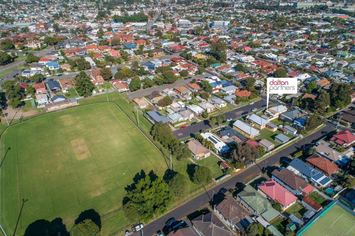 27 Kerr Street, Mayfield NSW 2304, Image 2