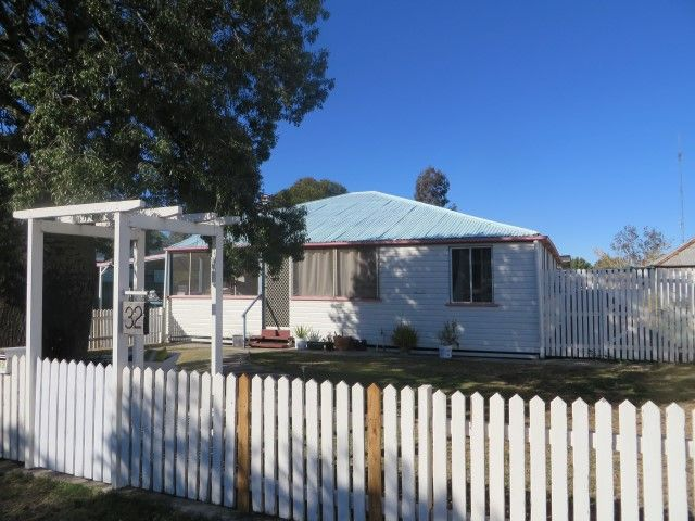 32 Soutter Street, Roma QLD 4455, Image 1