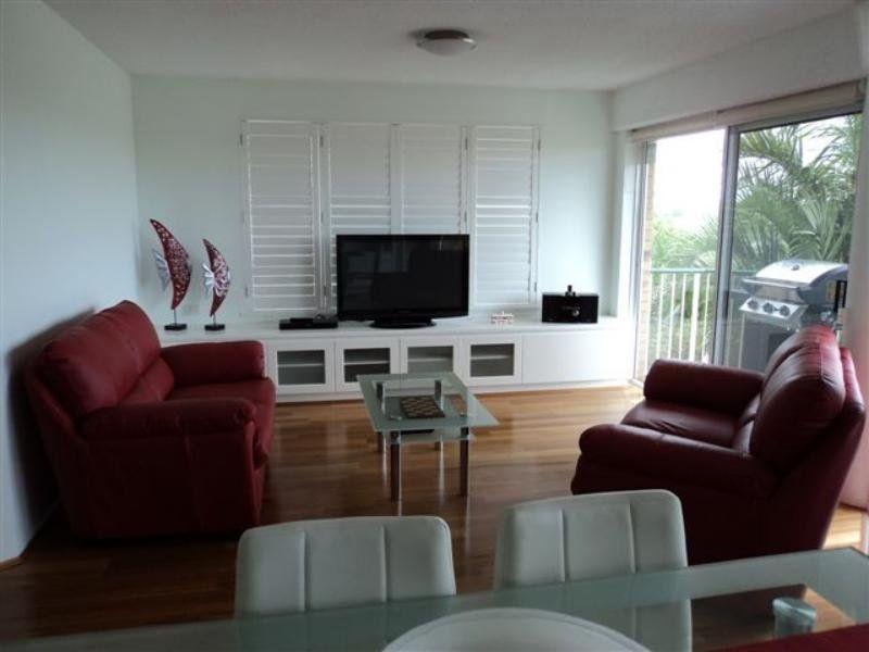 6/120 Akonna Street, Wynnum QLD 4178, Image 2