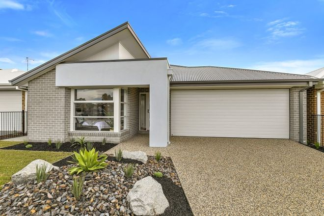 Picture of 10 Sandpiper Circuit, COWES VIC 3922