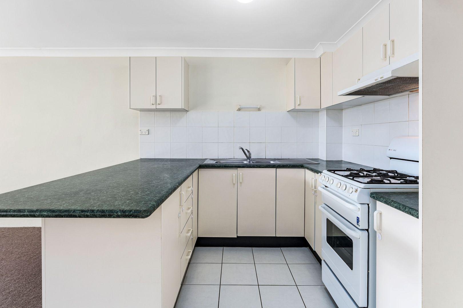 28/27-31 Kenyon Street, Fairfield NSW 2165