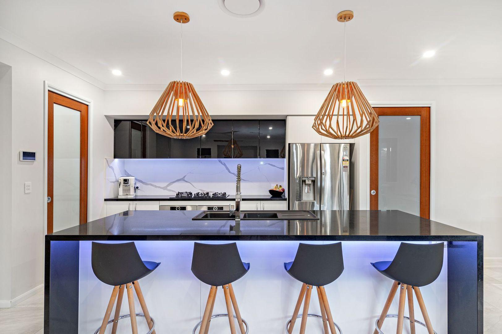 18 Kirkwood Street, Margate QLD 4019, Image 2