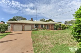 Picture of 10 Camellia Court, Darling Heights QLD 4350