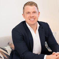 Tim Mumford, Sales representative
