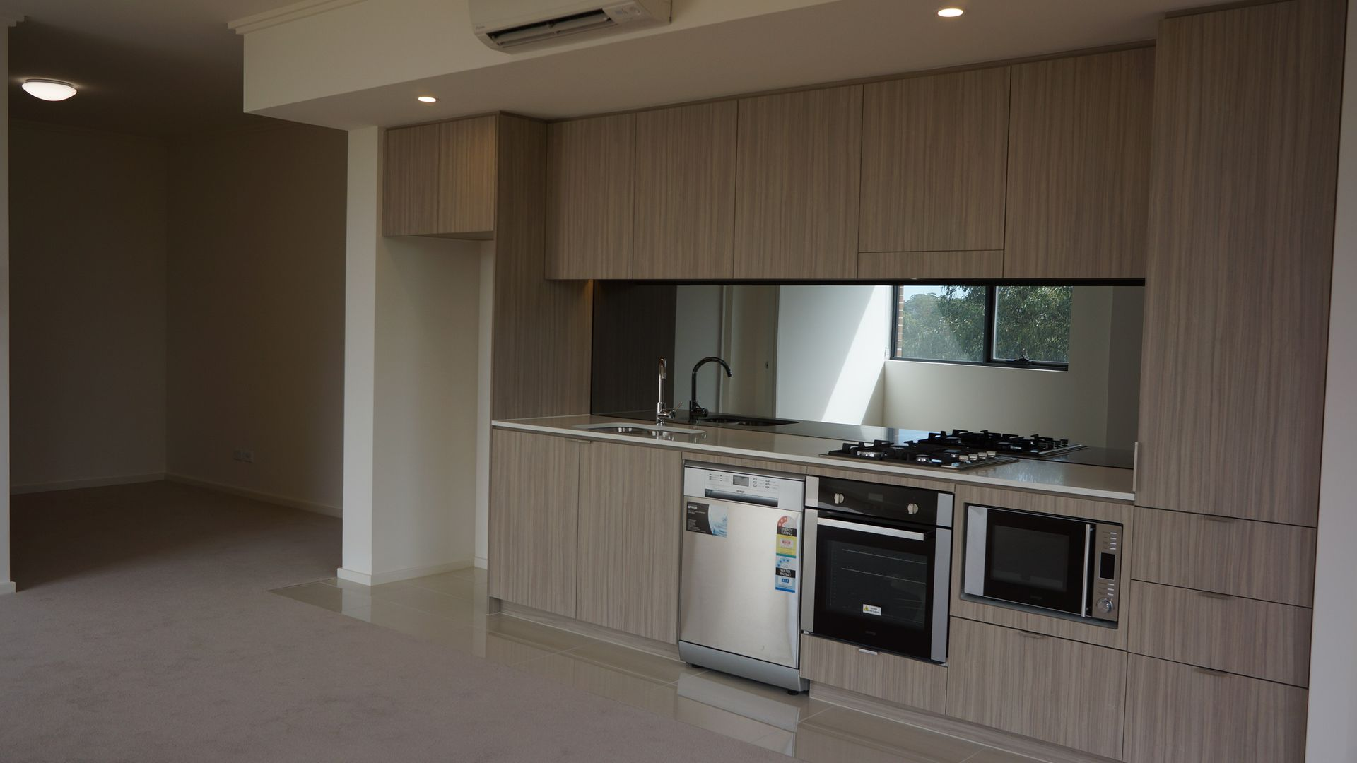 407/11 Washington Avenue, Riverwood NSW 2210, Image 1