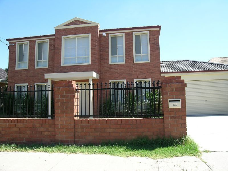127 Military Road, Avondale Heights VIC 3034, Image 0