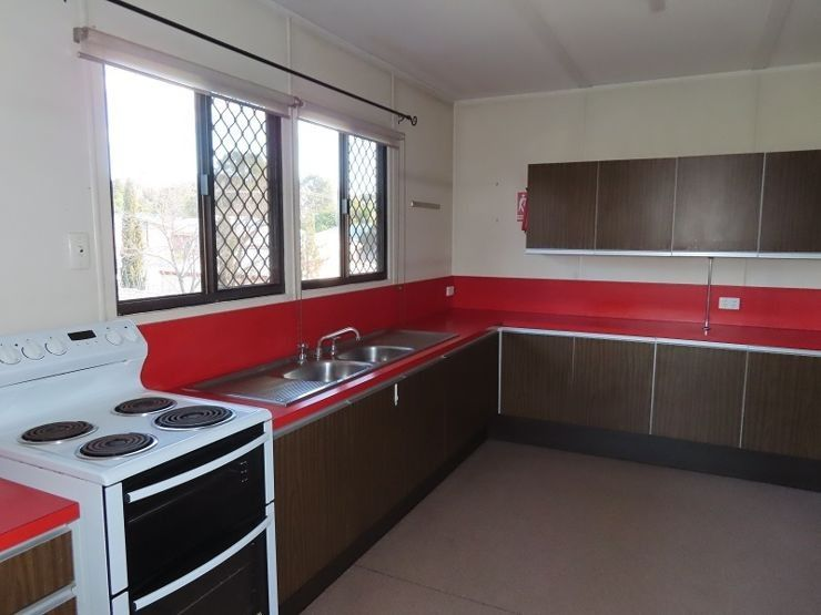 5 Ellevsen Street, Stanthorpe QLD 4380, Image 2