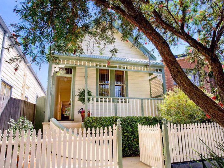 10 Hubert Street, Leichhardt NSW 2040, Image 0