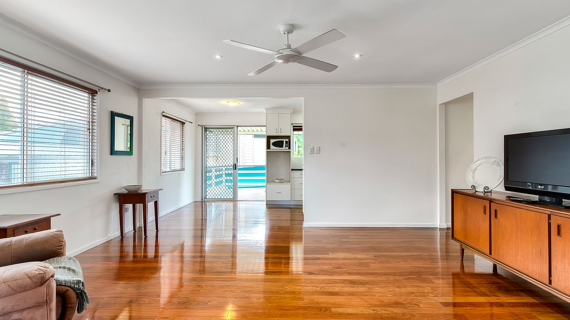 28 Blackwood Road, Geebung QLD 4034, Image 2