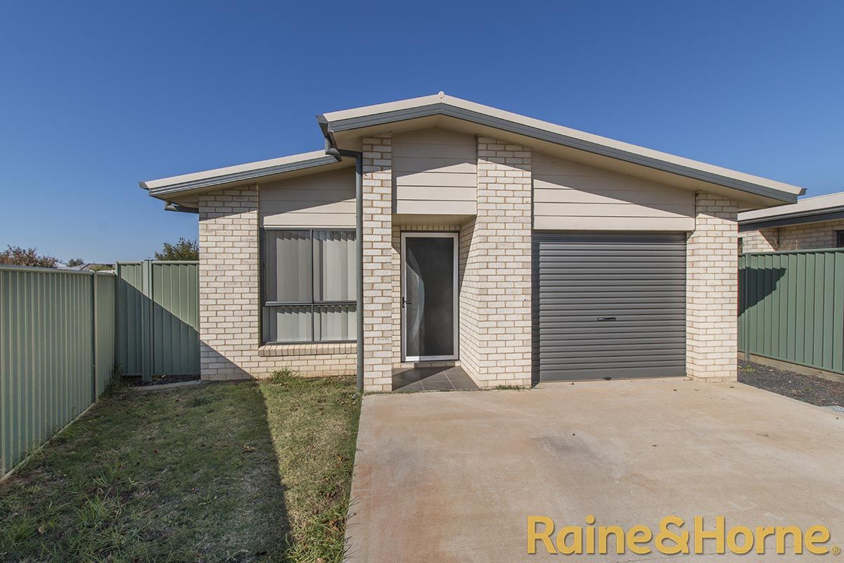 6A Jonquil Court, Dubbo NSW 2830, Image 2