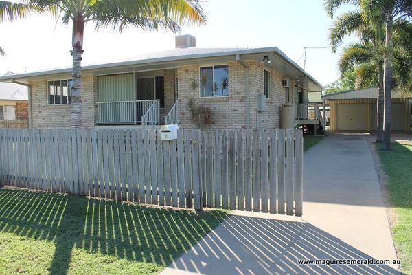 6 Kookaburra Court, Emerald QLD 4720, Image 2