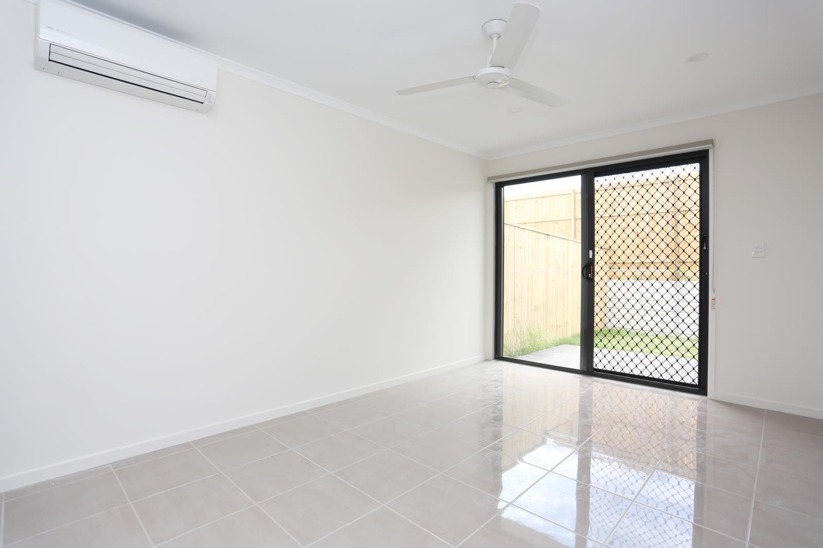 2/19 College Street, Bahrs Scrub QLD 4207, Image 1
