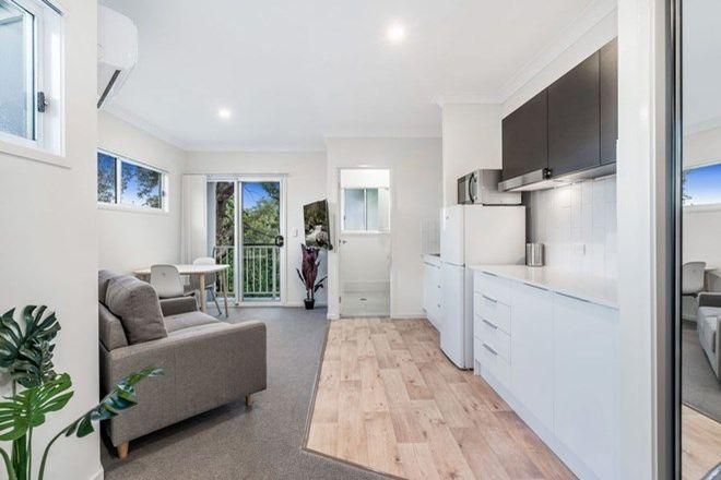 Picture of 58 & 60 Lancelot Street, TENNYSON QLD 4105