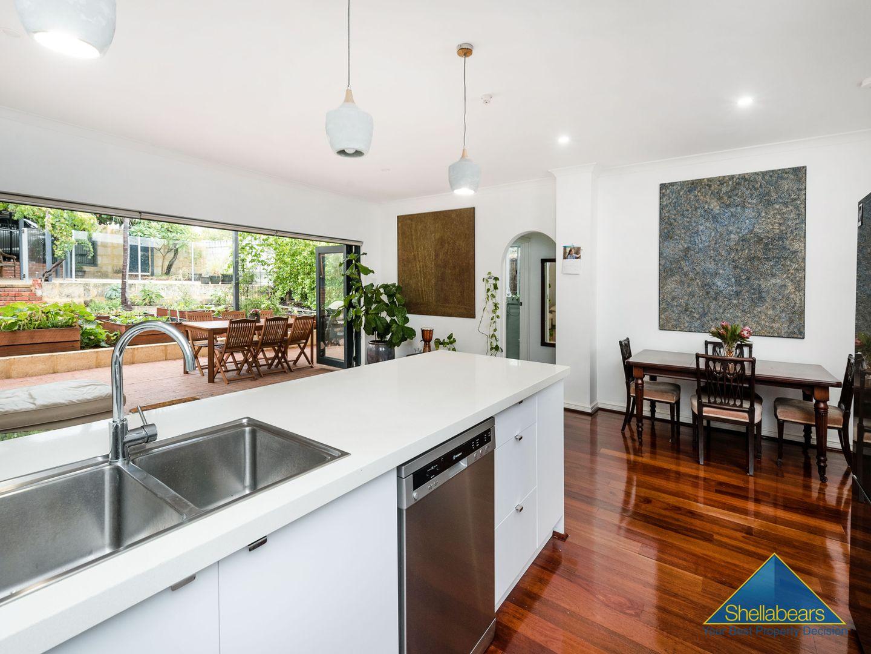 122 Wray Avenue, Fremantle WA 6160, Image 0
