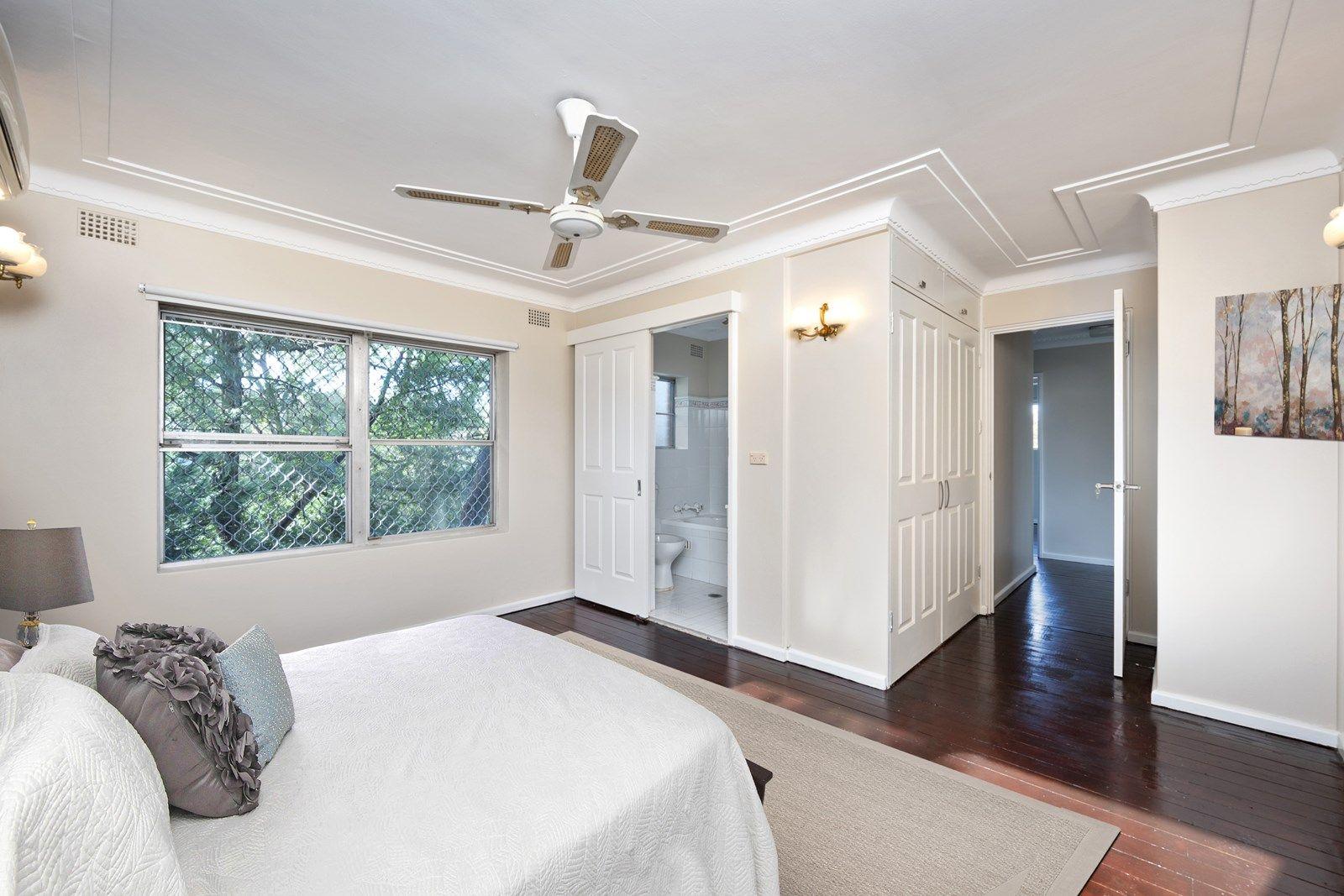 3 Louise Avenue, Chatswood West NSW 2067, Image 2