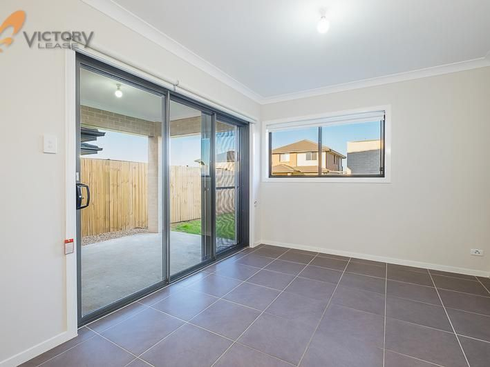 2/2 Brookfield Street, The Ponds NSW 2769, Image 2