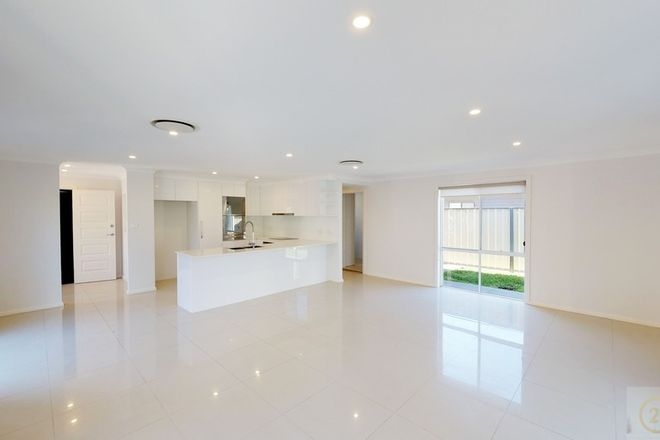 Picture of 7/54-56 Cromarty Road, SOLDIERS POINT NSW 2317