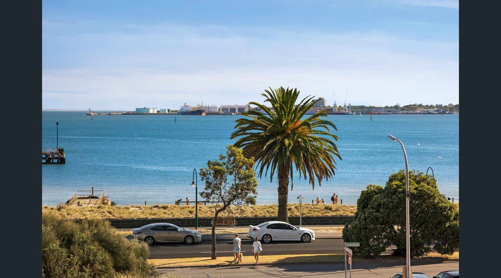 34/2 Esplanade West, Port Melbourne VIC 3207, Image 1