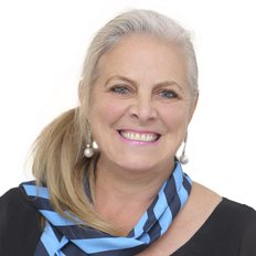 Sharon Reeves, Sales Agent
