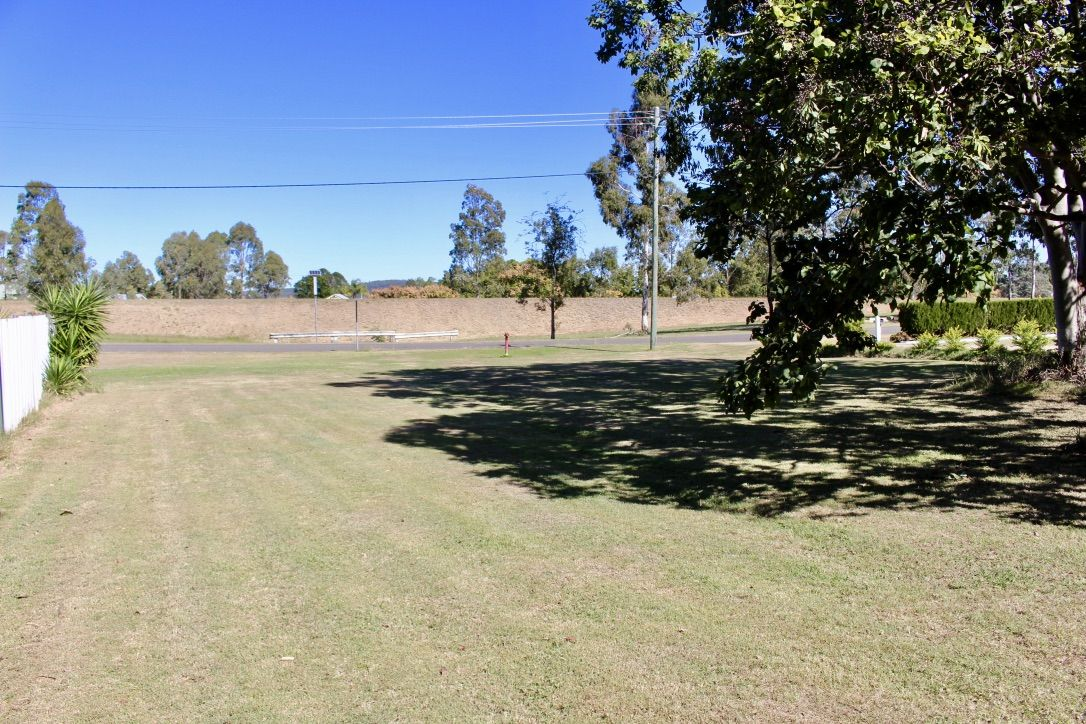 12 ANGEL AVENUE, Murgon QLD 4605, Image 1